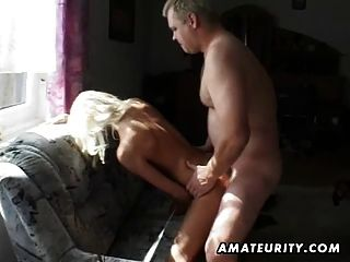 Amateur Teen Girlfriend Sucks And Fucks With Cumshot