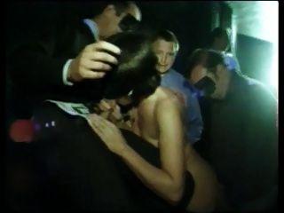swinger club gang bang anspruchsvolle erotikfilme