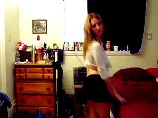 Big Titty Blonde Dancing