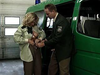 Diana Kaiser Und Der Bulle