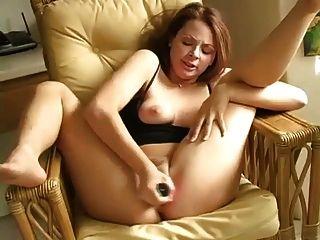 Incredible Orgasmic Squirting Maura Returns! - Cireman