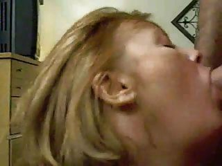 Mature Giving Bj En Swallows