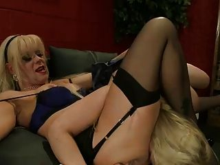 Shemale Headmistress Fucking Female Student... It4