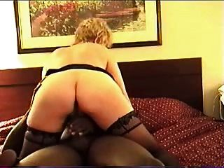 Mature Motel Fuck (cuck)