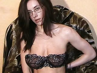Tamara Stripping And Masturbating 2