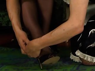 Hotgold hot maid serves pussy for dessert 10