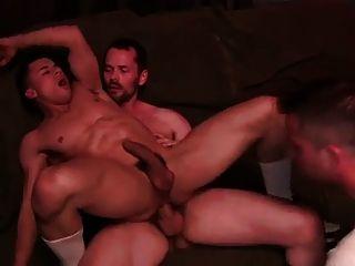 2 Hunk & Hot Boy