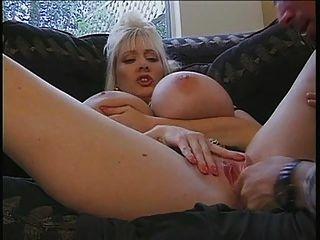 Busty Kayla
