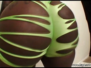 Ebony Dancer With Supreme Control Of Her Massive Ass Cheeks