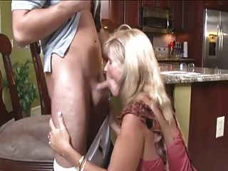 Step Mom Blowjob Porn Videos at Anybunny.com