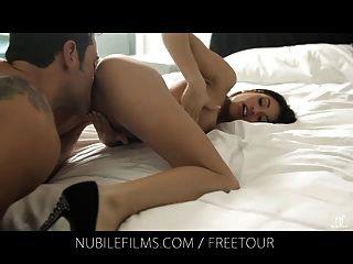 Veronica Rodriguez Savors Deep Pussy Penetration
