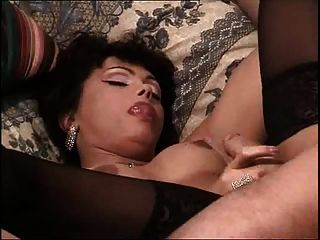 Sexy latina tranny sucking huge cock
