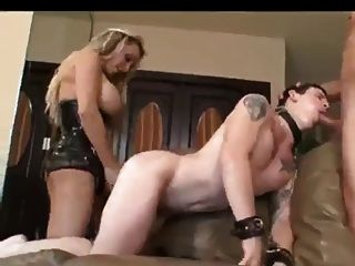 Bisexual She Is The Boss In This Vid