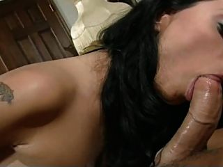The Deepest Throat: Nikita Denise Vs. Lee - Dg37