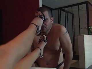 Diosa Foot Slave