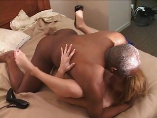 gals getting dicked on porn camera