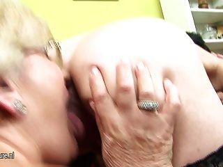 Pregnant Teen Gets Lezzed Up By Two Mature Mothers