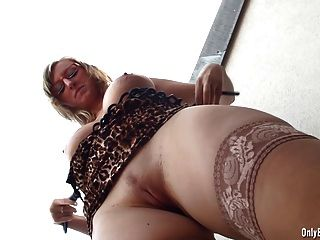 Anal-Insertion For First Time
