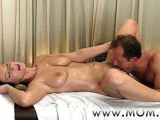 taboo sex græsk massage nøgenhed