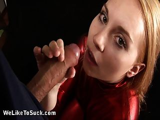Jessica Neight Gives Wet Blowjob