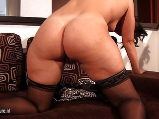 Hot Housewife With Big Ass Jerk Off Alone