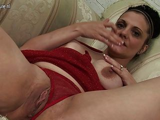 Mature Mom Carry And Her Mature Cunt