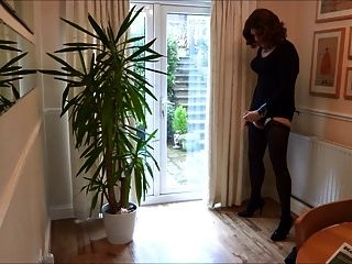 Alison Thighbootboy And The Inflatable Vibrating Anal Plug