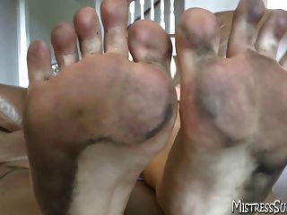 Dirty Feet For Foot Worship And Foot Fetish Freaks