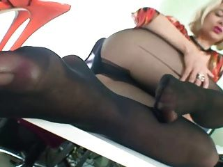 Milf In Stockings Showing Feet