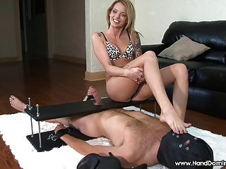 Beautiful Foot Mistress Shows Off Her Pretty Feet