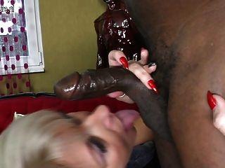 Posh Mature Mom Takes Big Black Cock