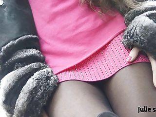 Petite Salope En Chinchilla Fourrure& Pantyhose Erotic Nude