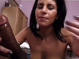 Amateur Violet Does A Great Blowjob