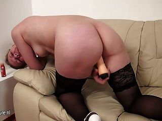 Mature Slut Mama Loves To Play On Couch