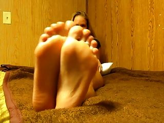 Cum On Hot Blondes Feet Joi
