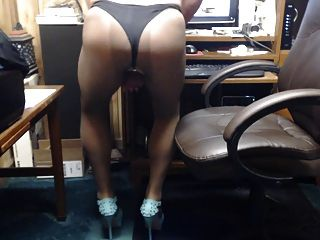 Crossdresser In Pantyhose And Heels Play