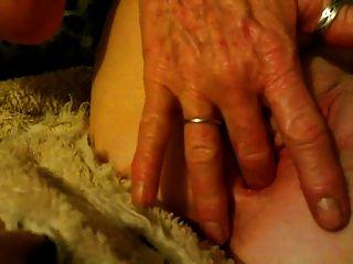 Annie Fingering Her Cunt