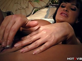 Milf With Huge Tits Is A Real Temptress