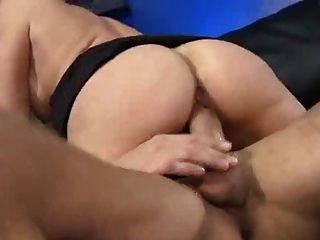 Hot Mom Lisa