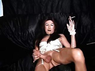 Hott Tranny Smoke Masturbation