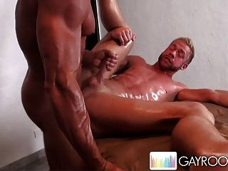 tantric homo massage oslo glory hole porn