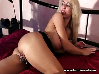 Heavy Pierced Pussy Sandra Playing With Her Piercing Rings