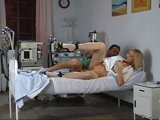 Super Hot Milf Vittoria Risi 5
