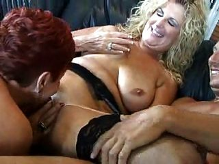 Hot Mature 3some