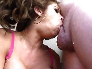 Maeva 2 lesbiennes sur un rocher 9
