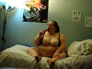 Fat Girl  Masturbating On Bed