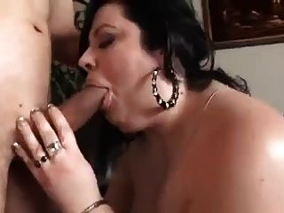 Bbw Woman Sucks And Fucks In Living Room