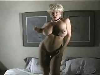 Danni ashe sexy lapdance 6
