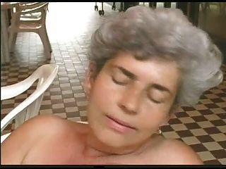 Jouissances De Mamies, Szene 5