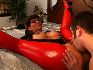 Gorgeous Woman In Latex Fucked In Her Cunt